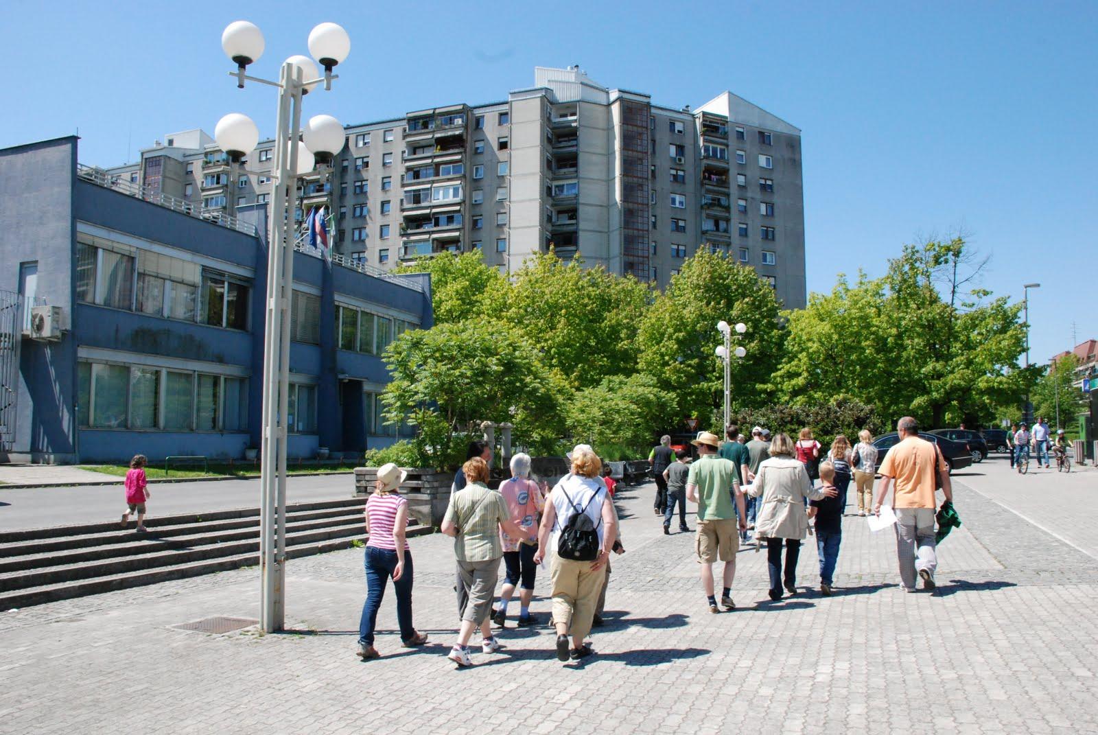 Preverimo prijaznost slovenskih mest za pešačenje!