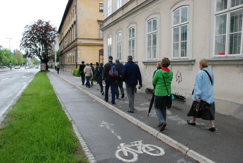V znamenju urbanih sprehodov
