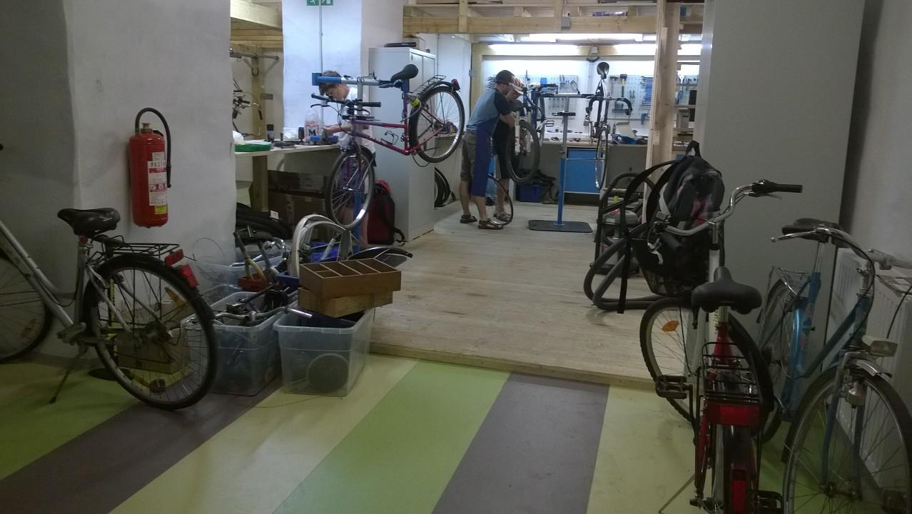 Z bajk kuhnami po poti trajnostne mobilnosti