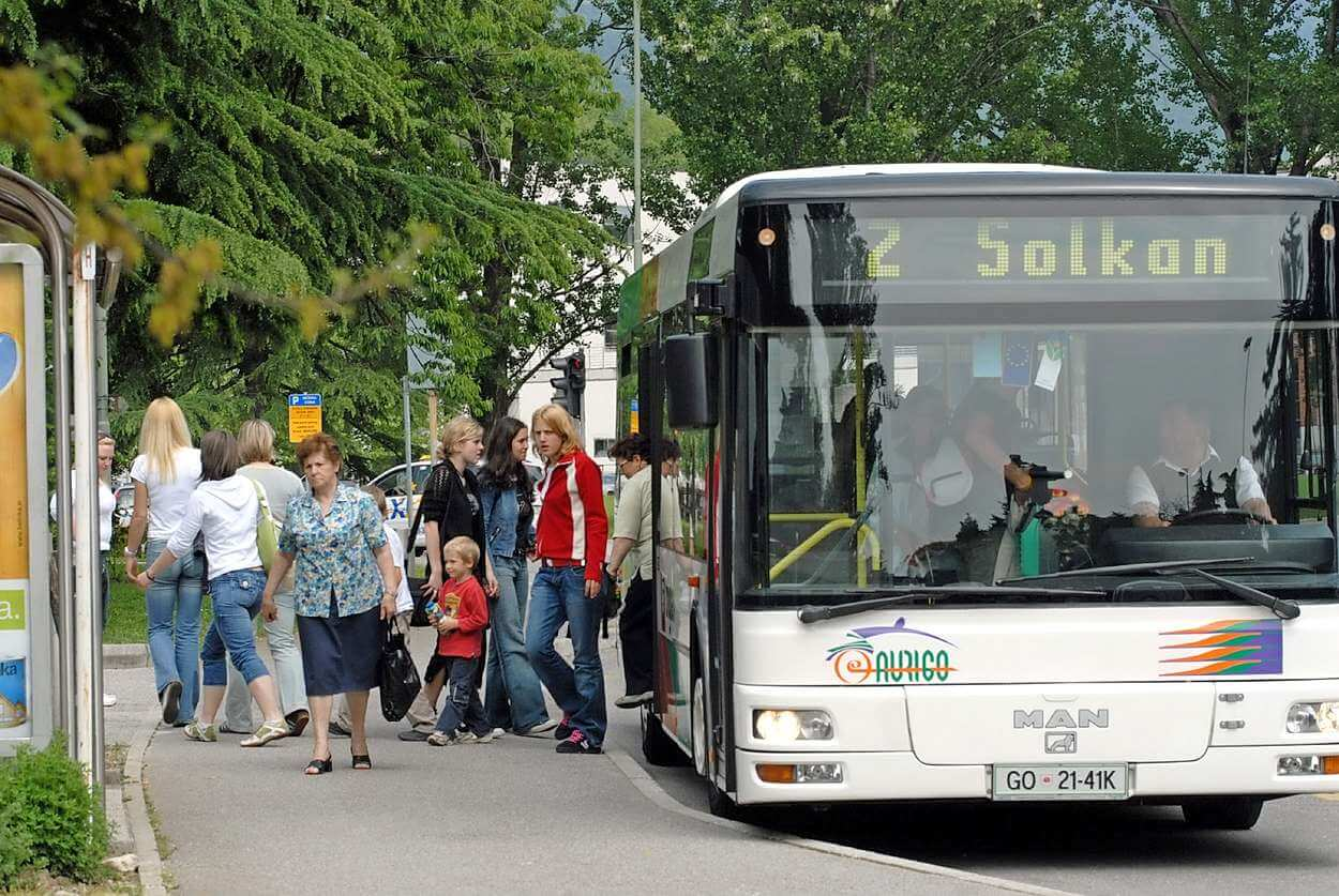 Zbori za prostor: Zakaj javni promet ne bi bil brezplačen?