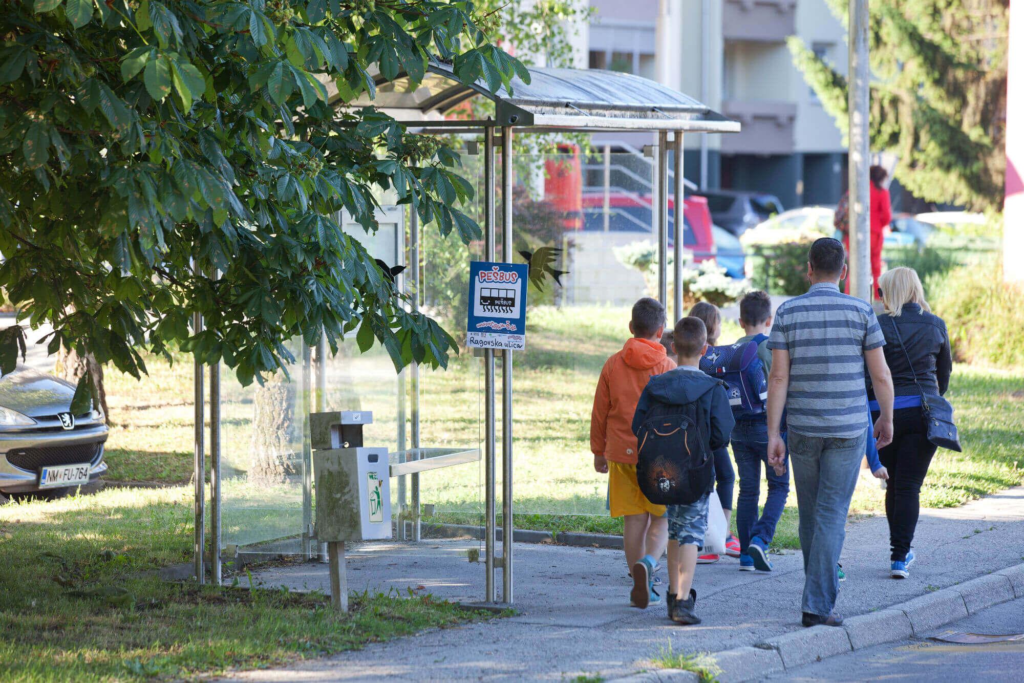 Evropski teden mobilnosti spodbuja hojo v šolo peš