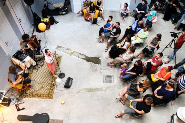 Spoznaj mojo dobro prakso: oživljanje praznih prostorov z ustvarjalnimi dejavnostmi