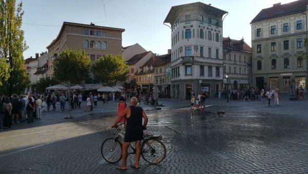 Mesta mestom: Pešcona v Ljubljani