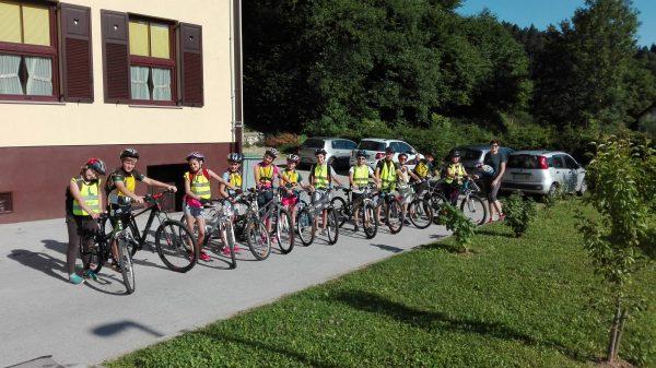 Mesta mestom: Spodbujanje kolesarskega turizma in kolesarjenja po vsakdanjih opravkih